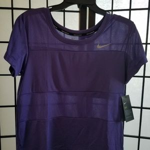 Nike Womens Dri-Fit City Core Short Sleeve Running